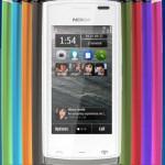 Nokia 500: Scocche coloratissime per alta tecnologia!