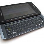 Motorola Droid 4: Modello per chi ne deve fare un uso professionale