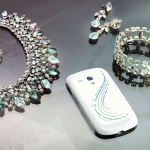 Samsung Galaxy S 3 Mini nella Crystal Edition